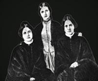 Le cottage des soeurs Fox dans dame blanche 1-le-spiritisme-l-histoire-des-soeurs-fox-_467470-M